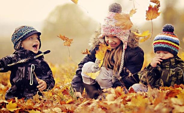Осень: выбираем тёплую одежду и обувь для детей