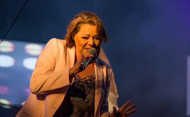 Поп-певица 80-х Sandra: Мой секрет молодости: сон и спорт, остальное – гены!