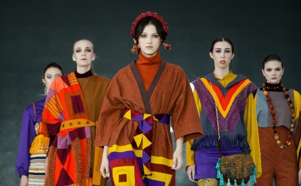 Стимпанк, кокошники и платья из занавесок: в Туле прошел фестиваль молодых дизайнеров Fashion Style