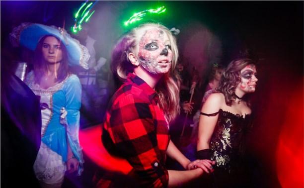 КРК «Премьер» закатил хэллоуинскую вечеринку в стиле «Ходячих мертвецов»