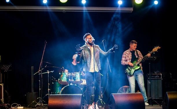 Американская звезда R&B Джек Фриман в Туле: о борще, Maroon 5 и страсти к хип-хопу