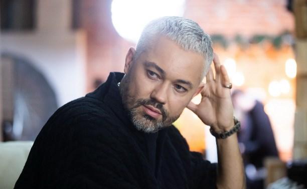 Телеведущий Александр Рогов: «Главный модный тренд – отсутствие запаха пота»