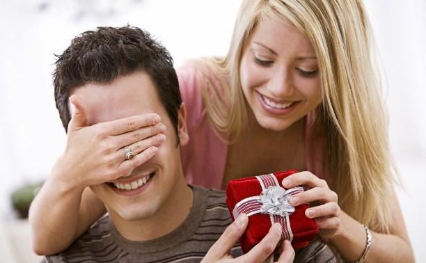 Порадуйте близких вниманием: выбираем подарки на предстоящие праздники