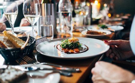 Топ-3 ресторана в центре Тулы, рекомендуемых Myslo