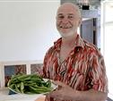 Юрий Жоев: кимовский фермер выращивает королевское лакомство