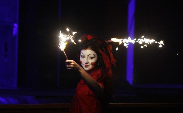 «Тормашки»: мир чудаков от театра-студии «Мюсли»