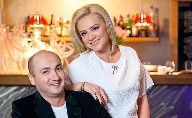 История счастья: Константин и Юлия Черкасские