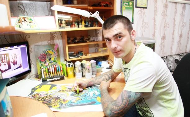 Алексей Баженов: автор полусотни граффити в Венёве