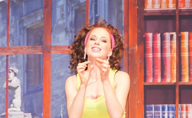 Актриса Ирина Медведева: Секрет женской красоты – сон и еда!