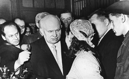 Никита Хрущев в Туле ел хлеб-соль и шутил про империалистов
