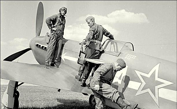 Летчики «Нормандии-Неман» в Туле
