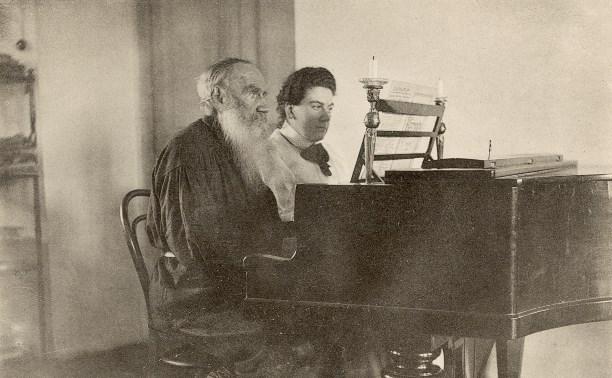 Лев Толстой обожал Шопена и плакал над музыкой Бетховена
