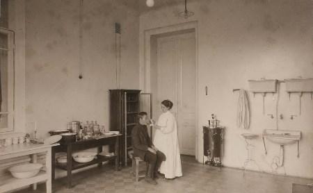 История в редких фото: 110 лет Ваныкинской больнице