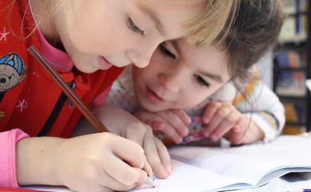 Какие развивающие курсы для дошкольников выбрать в Туле