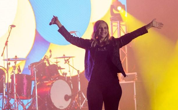 Певица Си Си Кетч: «Моя музыка делает людей счастливее»