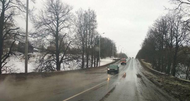 НаОрловском шоссе вТуле легковушка влетела вавтобус