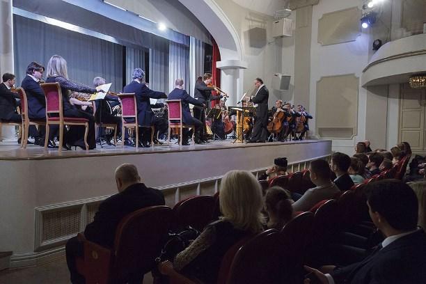Владимир Путин наградил Родиона Щедрина орденом Почета