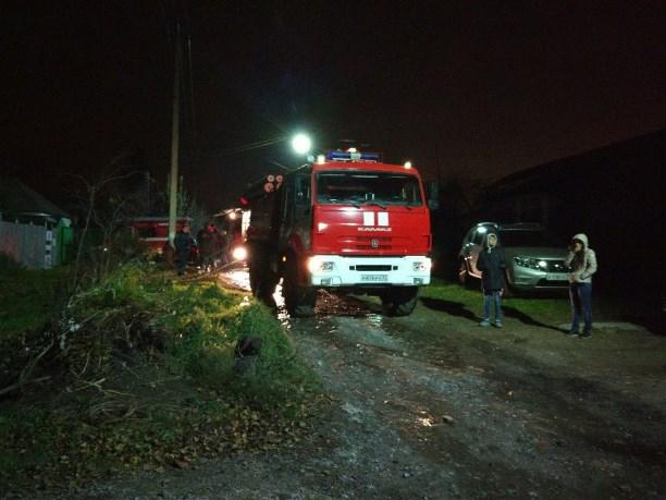 ВТуле сгорела иобрушилась кровля жилого дома, пострадавших нет