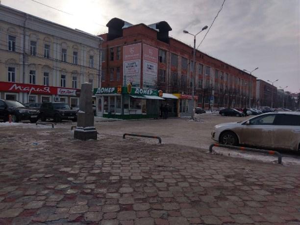 Платную парковку у ТЦ «Утюг» в Туле сократят