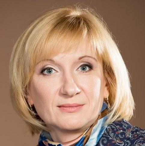 Лариса Милова