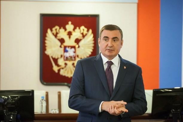 Губернатор наградил ликвидаторов коммунальной трагедии вТуле