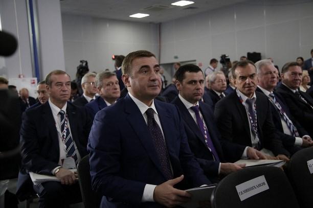Медведев: Регионы должны получить первые результаты проектной работы за1,5 года