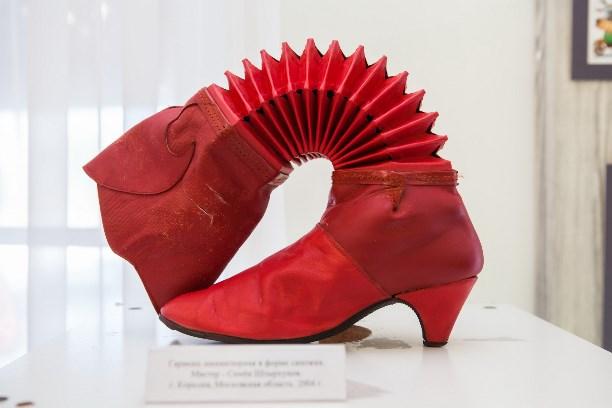 ВТуле прошла презентация частного музея «Гармони деда Филимона»