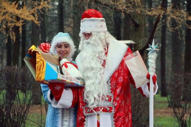 Дедушка Мороз приехал напоезде вВеликий Устюг насобственный день рождения