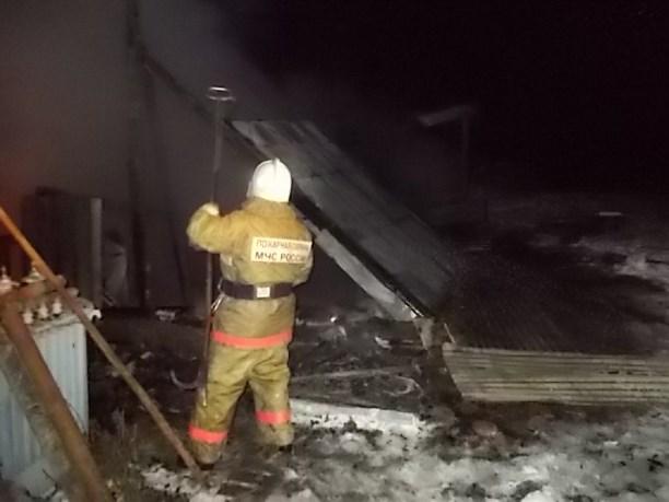 ВЗаокском районе сгорел гараж савтомобилями