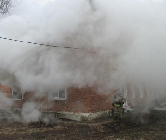 Мужчина умер напожаре вУзловском районе