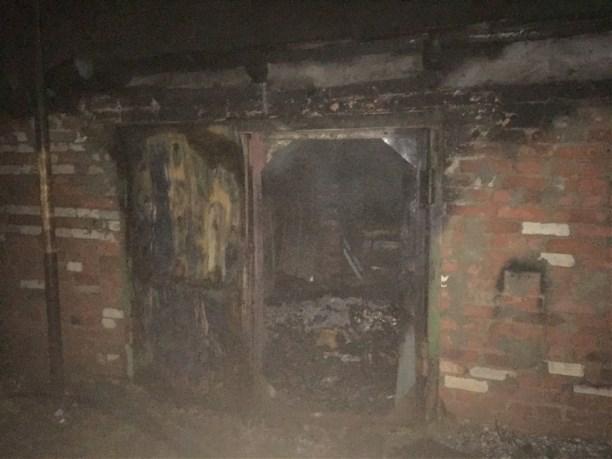 Ночью в основном поселке под Тулой зажегся гараж