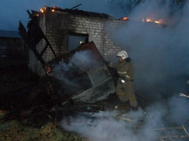 Серьезный пожар вУзловой: спасено 23 человека, пострадали двое