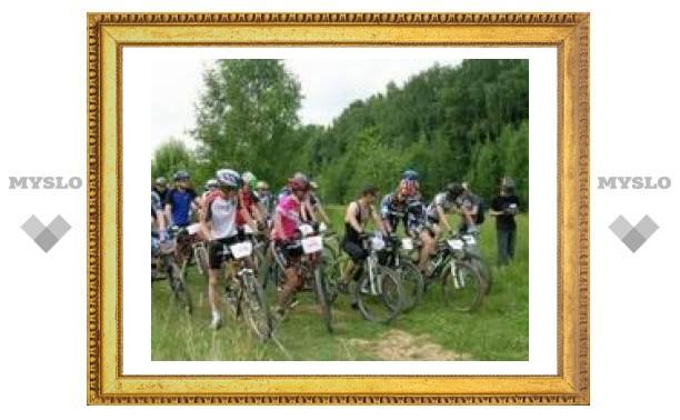 В Тульском парке соревновались велосипедисты