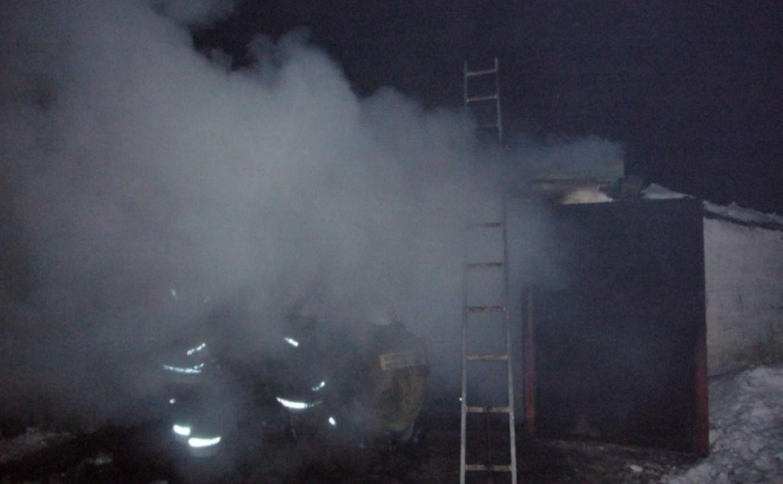 Ночью в Богородицке загорелся гараж