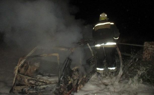 В Узловском районе сгорела «девятка»