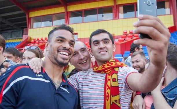 Футболисты «Арсенала» — болельщикам: «Мы будем биться за Тулу!»