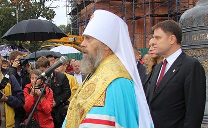 Владимир Груздев и митрополит Алексий: «Сегодня мы восстанавливаем историческую справедливость!»