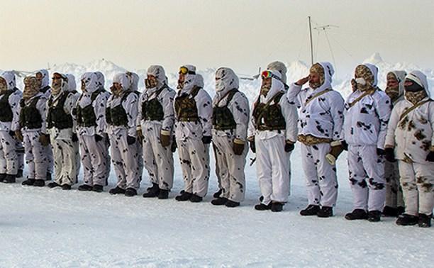Тульские десантники учатся выживать в условиях аномально низких температур