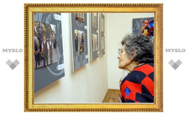 В театре «Эрмитаж» работает фотовыставка
