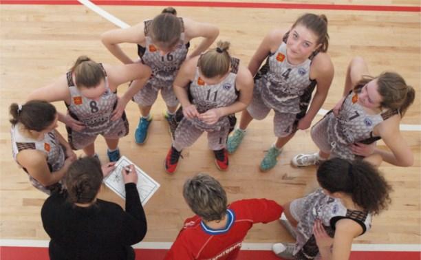 Тульские баскетболистки обыграли соперниц из Смоленска