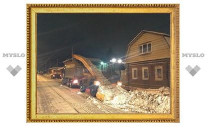 80 единиц уборочной техники чистили Тулу ночью
