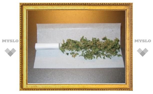 14-летней израильтянке разрешили курить марихуану