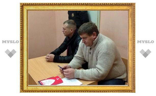 Обматеривший тульских полицейских депутат помирился с ними