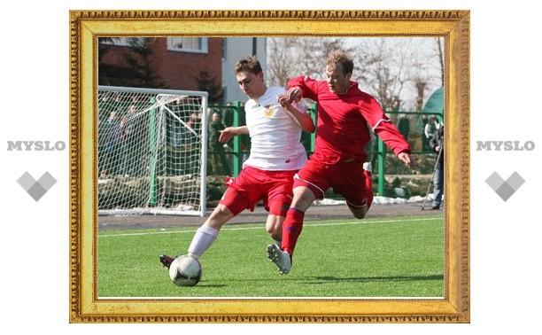Новомосковский «Химик» одержал победу в областном дерби