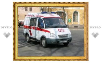 Тульским областным станциям скорой помощи подарили 12 новеньких неотложек