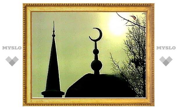 У Соборной мечети Москвы задержали пропагандиста-экстремиста