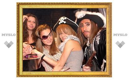 В коктейль-холле Mesto состоялась пиратская сходка
