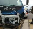 ДТП в Туле возле драмтеатра: грузовик оторвал легковушке двери