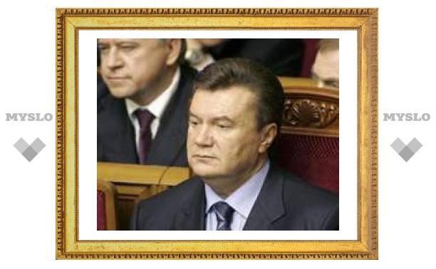 Виктор Янукович ушел в оппозицию