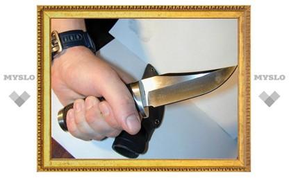 В Туле преступник ограбил палатку, угрожая продавцу ножом